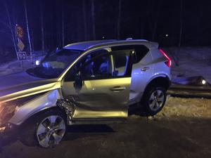Totalt var fyra bilar inblandade i krocken.