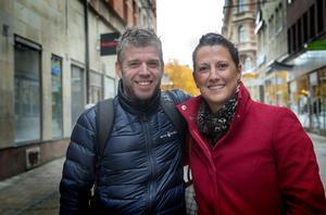 Jonas Nylander, 43 år IT-drift och Camilla Ståhl, 42 år, private banker, Bydalen.