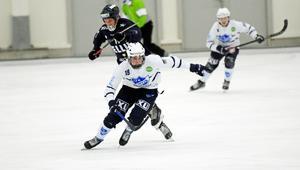 Edsbyn-lånet Ted Hedell var vass framåt och gjorde två mål för Rättvik.