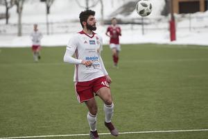Cihan Sener blev tvåmålsskytt när HuFF vände matchen mot Gamla Upsala.
