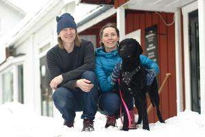 """Foto: Lina Johansson""""Även om jag är snabb och har många idéer i huvudet är det ändå Per som kom på att vi skulle starta ett kafferosteri från första början"""", berättar Eva."""