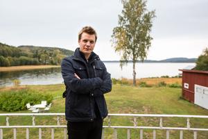 Martin Hägglund på besök hemma i Ångermanland.