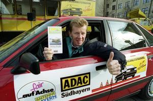 Dubble världsmästaren Walter Röhrl har preliminärt tackat ja till att komma till Örebro och köra Midnattssolsrallyt. Arkivfoto: Uwe Lein/TT