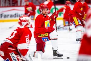 Magnus Häggström gjorde comeback mot Timrå i förra veckan och säger att han är hel och fräsch efter huvudsmällen han åkte på mot Mora. Bild: Pär Olert/Bildbyrån