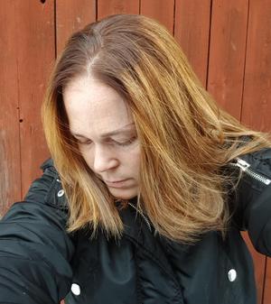 Malin Sunessons bild på hur hennes hår såg ut efter frisörbesöket.Foto: Privat