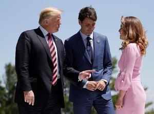President Donald Trump välkomnades i fredags av Kanadas premiärminister Justin Trudeau och hans fru Sophie Gregoire till G7-mötet. Ett möte som slutade illa.