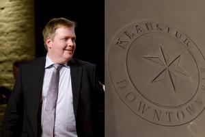 Sigmundur David Gunnlaugsson  har hamnat i blåsväder igen efter ett besök på Klaustur. Bilden är ett fotomontage med en bild från TT och en bild fotograferad av Patrik Oksanen.