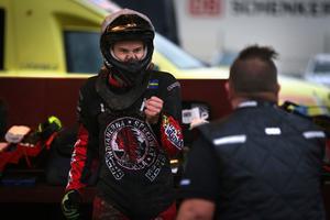 Jonatan Grahn har kört för Indianerna i elitserien och division 1. Nästa säsong kan han bli indian-förare även i allsvenskan, där han i år kört för samarbetslaget VIP Speedway.
