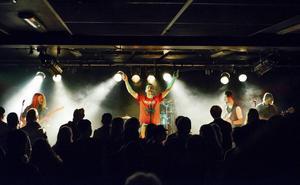 Jordskred tävlar om att få spela på Sweden Rock Festival.