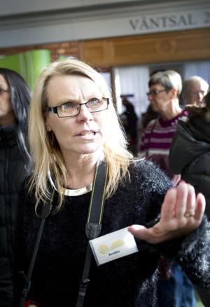 Annika Wiberg är ansvarig för mässan.– Det här är den allra största mässan vi haft och det har varit jättemycket folk. Det är så roligt, säger hon.