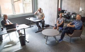 Nya fina lokaler för Thomas Eriksson (från vänster), Christer Viklund, Per-Ove Söderlind och Kent Norberg som är personal hos Westerlind fastigheter.