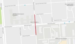 Regementsgatan stängs av för fordonstrafik mellan Läroverksgränd och Magistratsgränd från  och med måndag 31 oktober till onsdag 2 november.  Klockslagen är 07.00 till 17.00.