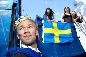 Kungen fanns också med på karnevalen. I det här fallet heter han Fredrik Sigvardsson och avslutar samhälle.