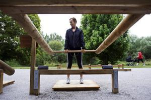 Tunga lyft. Även om Marie Buske tyckte att en del instruktionerna till redskapen var lite svåra kommer hon utan tvekan utnyttja gymmet igen. bild: jonas eriksson