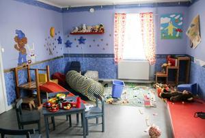 Gruvberget har ett lekrum och målarrum för alla barn som bor tillfälligt på anstalten.