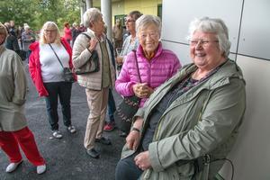 Elna Hödefors och Gun-Britt Alm bor i plus 55-boendet på granngatan och passade på att se invigningen.