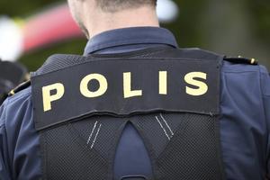 Är Missbrukare fall för polisen?  Replik och slutreplik om avkriminalisering av eget bruk.