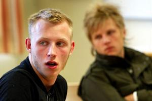 Elevrådens representanter Fredrik Backlund och Jonathan Nordin var intresserade av att höra vad de olika föreningarna hade för syfte - vilket de också fick svar på under gårdagens möte.