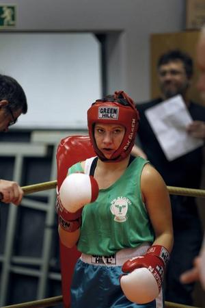 Erika Kontio Hansson fick 25 poäng i sin första boxningsmatch.