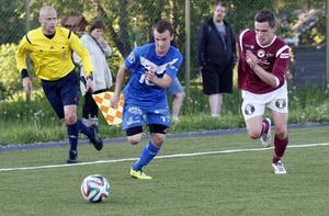 Mittfältaren Mikael Isaksson i Sollefteå var planens bäste spelare i derbyt och det var också han som inledde målskyttet i matchen.