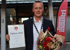 Glad gasellvinnare. Fredrik Eriksson, El & Entreprenadsupport, var det dalaföretag som ökade tillväxten mest mellan 2011 och 2014. Därmed förärades han med diplom och blommor vid gasellfesten i Falu gruva på onsdagsaftonen.