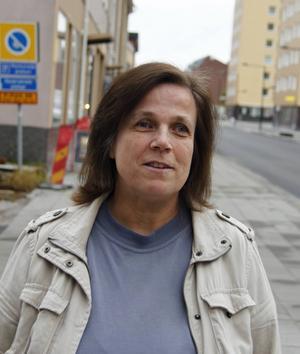 Åsa Sjödin från Söråker tycker det är roligt med spel och nu deltar hon i Scrabble-SM för fjärde gången.