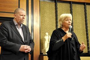 Börje Viklander, kyrkohede Svenska kyrkan Östersund, och Margareta Winberg (S) som är ordförande i kyrkorådet höll ett anförande om vad de vill göra för att hjälpa de tiggande EU-migranterna. Något som fick stort gensvar från politikerna.