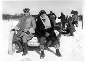 Två av de totalt sju stuntmän som körde filmens många bilar i Åre.