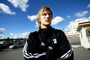 Kalle Ståhl flyttar hem.