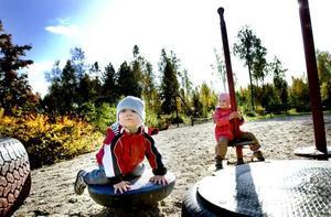 VILL HA DAGIS. Matteus, 1 år och Mikaela, 2,5 år behöver allergianpassad barnomsorg.