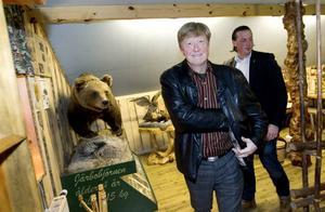 Nöjd med besöket. Miljöministern uppskattade Ockelbobornas synpunkter om vargfrågan när han besökte kommunen på torsdagskvällen.