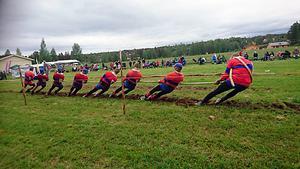 Laget i H680 kg, från vänster: Leif Nyrén, Adam Nyrén, Kristoffer Alfredsson, Sören Alfredsson, David Nyrén, Adrian Alfredsson, Göte Alfredsson och Krister Nyrén.