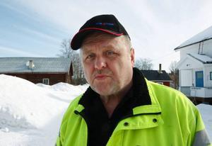 """""""Under mina 32 år inom vvs-branschen har jag aldrig upplevt att tjälen gått så djupt ner som i år. Det orsakar stora problem för oss med frusna ledningar och avlopp"""", säger Mats Gustavsson på Krokoms kommun."""