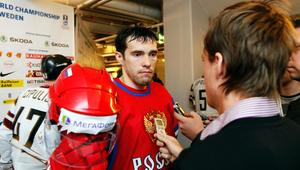 Lättad. Pavel Datsyuks Ryssland vann i sin VM-premiär mot Lettland. Då förklarade ryssen att han var nöjd för VLT-sportens Kevin Johansson i mixed zone.