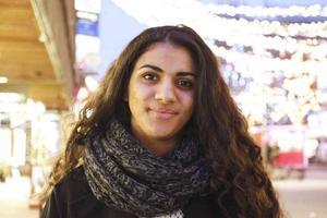 Marwa blev mobbad under hela grundskolan och hon var nära att ta sitt liv. I dag föreläser hon på skolor och föreningar och bloggar om mobbning