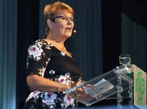 Maud Olofsson var samlad genom hela sitt långa tal men kunde inte lova att hålla tillbaka tårarna under den kommande avtackningen.