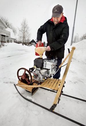 Med hemlängtan och medvind på isigt underlag går det att komma upp i 15-20 kilometer i timmen.