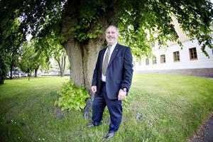 Gävleborgs nya landshövding Per Bill har suttit i riksdagen för Moderaterna sedan 1994.