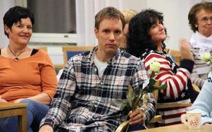Claes Gyll, Lärare på Sammilsdalskolan, lyfts fram som en som ger det lilla extra på sitt jibb.