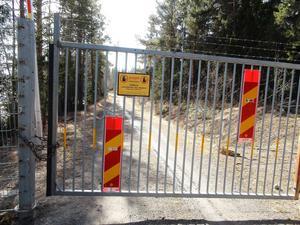 I dag är Bynäset sen länge avstängt för allmänheten. Ett staket hindrar effektivt att ta sig fram runt halvön.