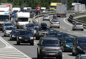 Glöm inte Gröna kortet om du ska bila i Europa. Bilden är från motorway A2 i Schweiz.