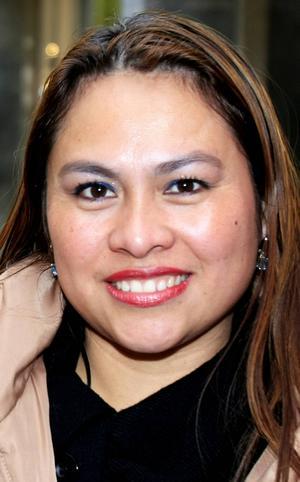 Claribel Menacho, 30 år, Brunflo:   – Ja. Det behövs bara en person på en flygplats så kan man bli smittad. Jag är jätteglad att det inte har kommit till Sverige.