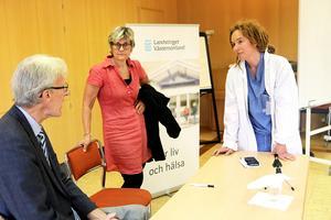 Helena Toss,  specialistläkare på anestesikliniken, är kritisk mot Leif Israelsson och Nina Fållbäck Svensson.