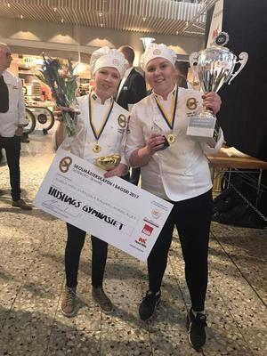 Isabella Jansson från Aspeboda och Emelie Morelius från Avesta försvarade Hushagsgymnasiet i Borlänge och tog hem skol-SM-titeln i bageri.