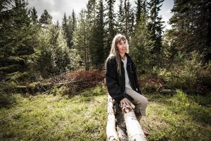 Aina Arvidsson drömmer om att många ska upptäcka sporten fälttävlan och att hennes terrängbanan på Frösön ska börja användas igen.