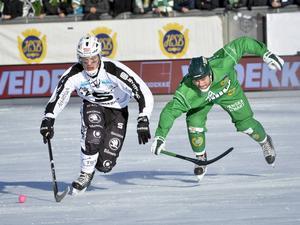 Dennis Henriksen gjorde 1–0 för SAIK, men det blev förlust med 2–3 mot Hammarby. Nu väntar en femte och avgörande match.