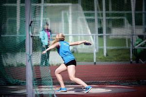 Lovisa Sjöstrand kastade 41,27 i diskus i F17 vilket innebar nytt rekord i Storsjöspelen. Men det är en bit från hennes personliga rekord på drygt 44 meter.