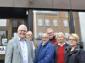 De ska styra Laxå. Bo Rudolfsson (KD), Gunnar Tingö (FP), Arne Augustsson (C), Richard Nygren (M), Ylva von Scheele (M) och Sara Pettersson (MP) presenterade på måndagen den nya kommunledningen i Laxå kommun.