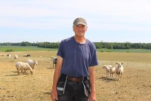 Djurskötare och jordbrukare Per Hellstrand är djupt oroad över torkan.