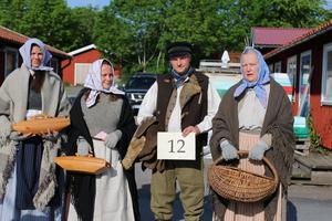 Mixade laget med båten Kristina var ett av två lag som var vinnarna i klädbedömningen. Foto: Emma Willart